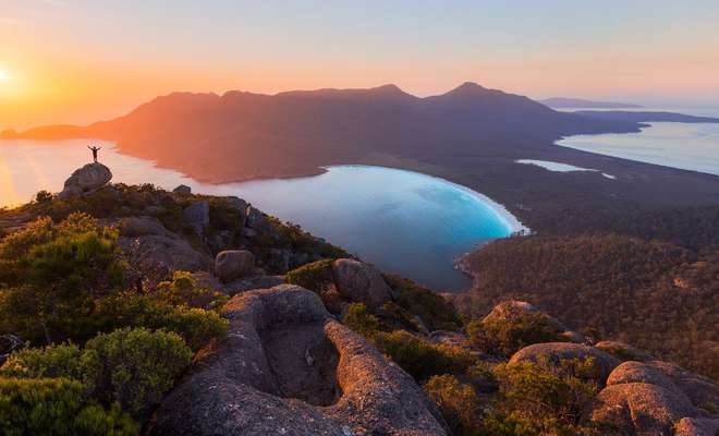 Wineglass Bay Sail Walk